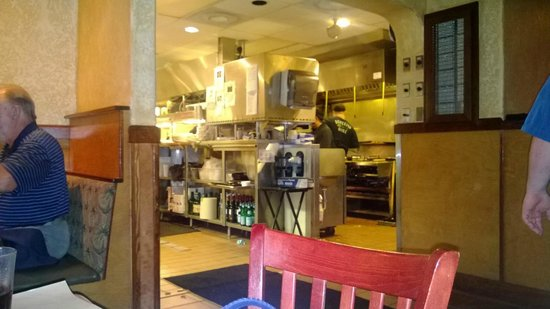 Bonefish Grill: Beautiful view of the kitchen from our table