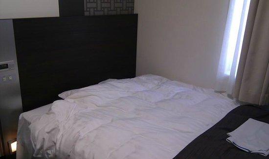 Comfort Hotel Tokyo Kiyosumi Shirakawa: ベットは広め
