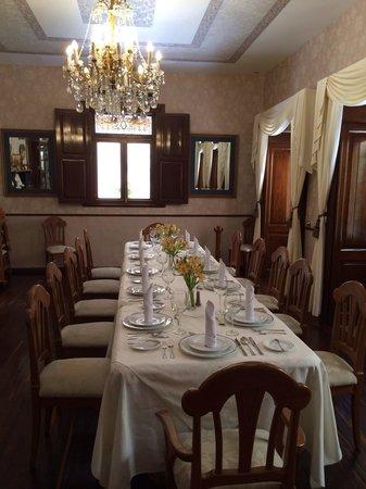 Quinta Las Acacias : Main dining room
