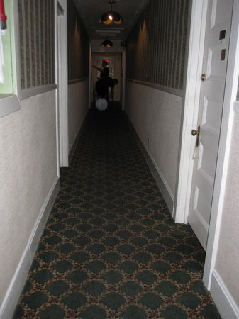 Copper Queen Hotel: Orb floating down the hallway
