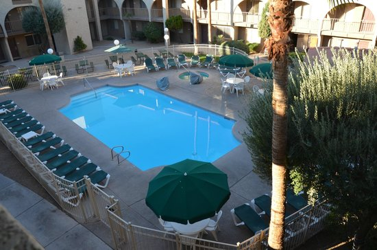 Hospitality Suite Resort : Pool, Hot Tub area