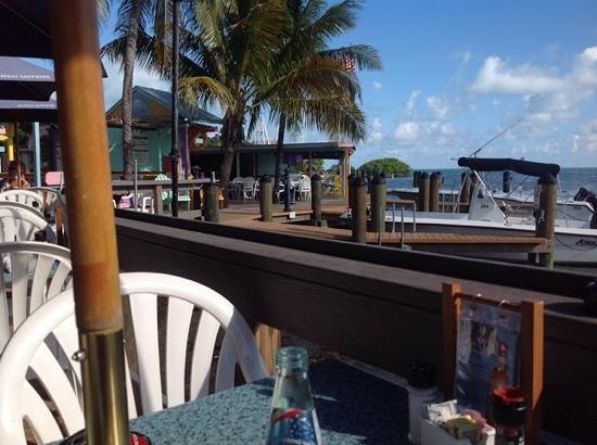 Snappers Oceanfront Restaurant & Bar: the view