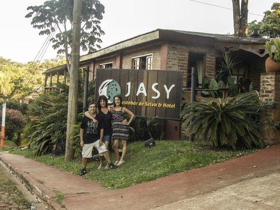 Jasy Hotel: entrada