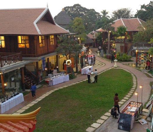 Yoshinoya: First store @ King's Road Angkor