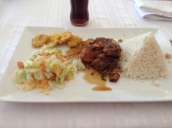 Los Charros y Los Pinches Chaparros: Traditional Dominican Dinner