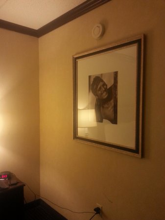 Hollywood Casino Tunica Hotel: Wall decor