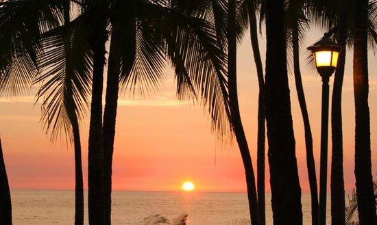 Hyatt Ziva Puerto Vallarta: sunset at dreams!