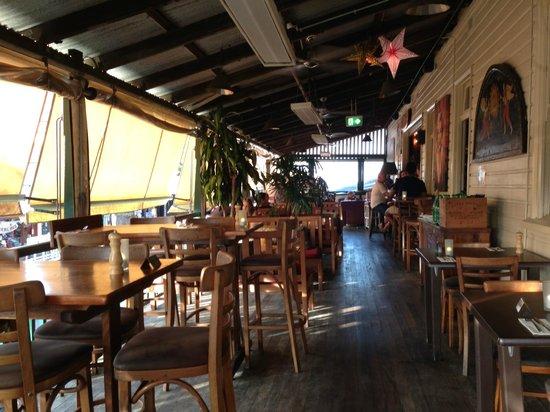 Balcony Bar & Oyster Co : Lounge area looks nice