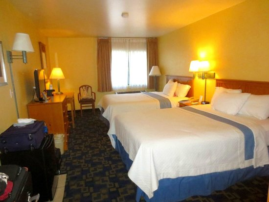 Days Inn & Suites East Flagstaff : Great beds