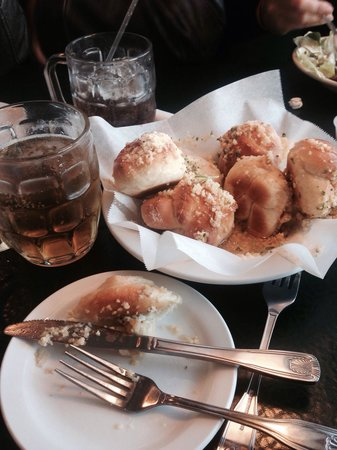 The Best Italian on the Parkway: Garlic rolls