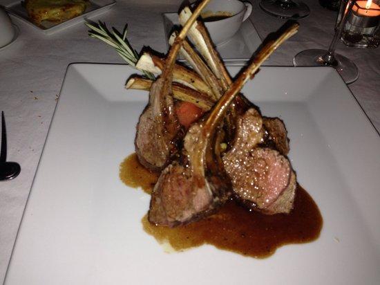 Les Cepages Restaurant: Lamb chop- excellent