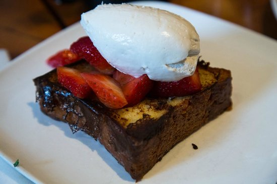 Mission Beach Cafe: French toast
