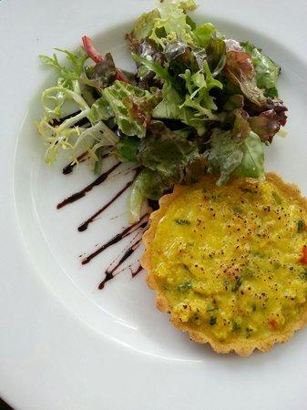 Tintagel - Colombo/Paradise Road: Crab tartlett