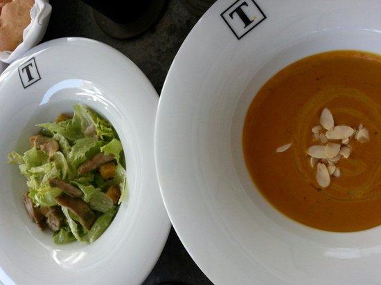 Tintagel - Colombo/Paradise Road: Casear salad and Thai pumpkin soup
