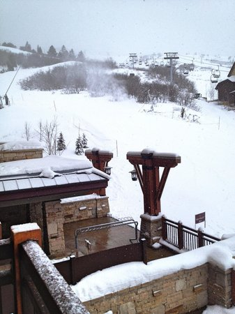 Hyatt Centric Park City: View from balcony right next to lift.