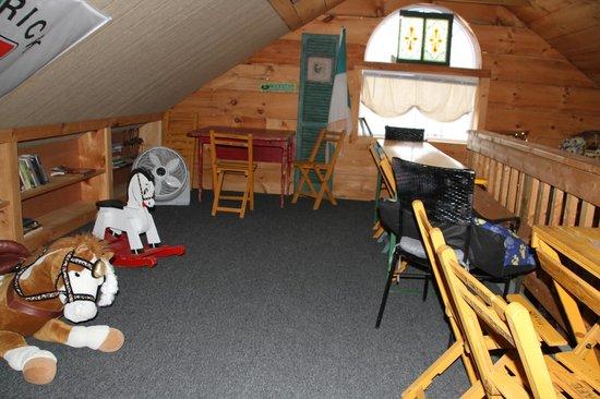 Hunters Run Winery: The kid's playroom