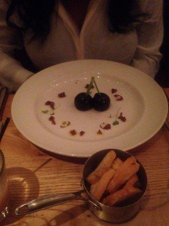 Laughing Gravy Bar & Restaurant: Liver starter
