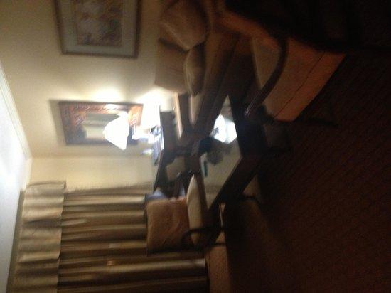 Best Western Plus Richmond Inn & Suites-Baton Rouge : Living area