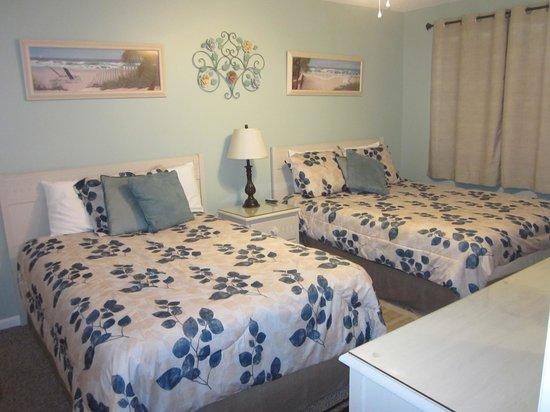 Whispering Seas : Bedroom