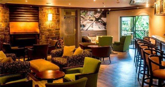 Drakensberg Sun Resort : Grotto Lounge
