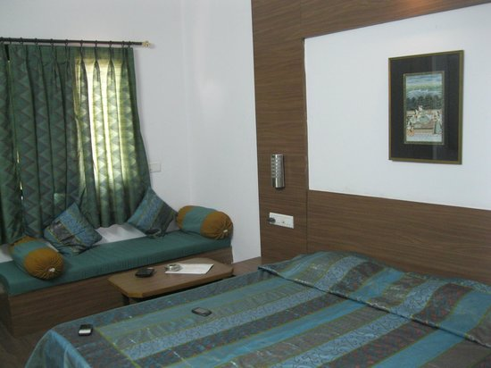 Hotel Gorbandh: A view of the room