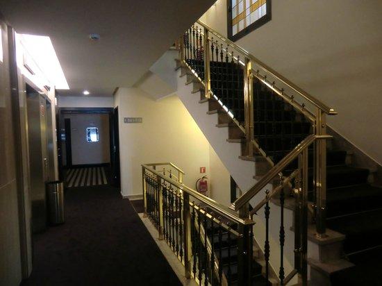Hotel Liabeny: hallway