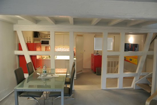Esprit-Art Appartementhaus : Penthouse-Maisonnette-Wohnung