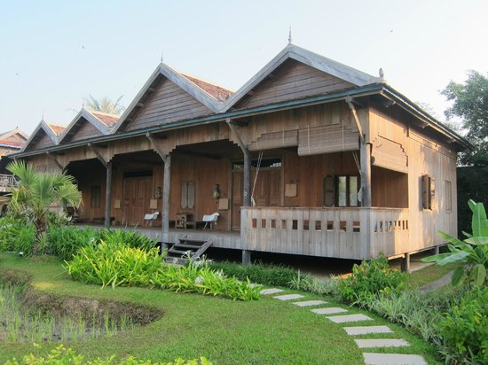 Sala Lodges: view of 'family' lodge