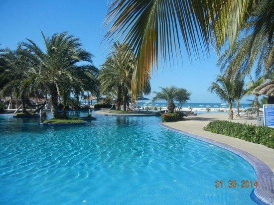 Coche Paradise Hotel Isla Margarita: piscina