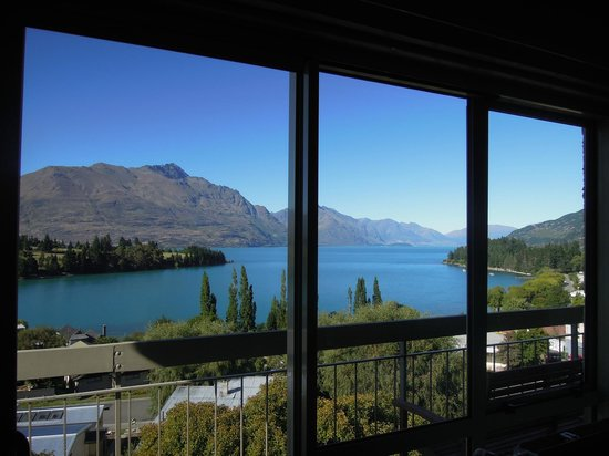 Earnslaw Lodge: LAKE VIEW