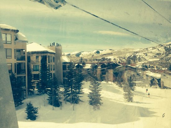 Aspen Snowmass: A view from the gondola lift