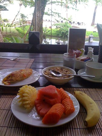 Moracea by Khao Lak Resort : So many options for breakfast!  So I take a little bit of everything=)