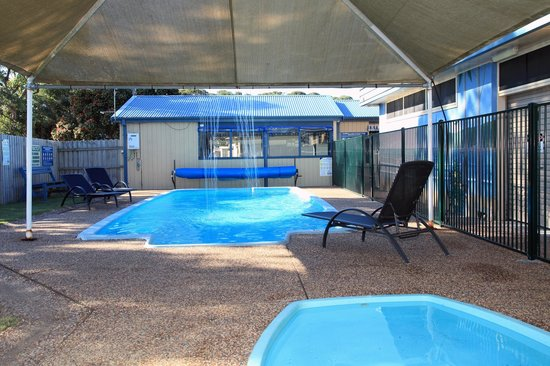 pool and kiddies paddle pool picture of burrill lake. Black Bedroom Furniture Sets. Home Design Ideas
