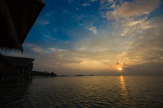 Adaaran Prestige Ocean Villas: Sunset from the room