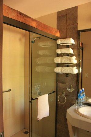 Hotel Boutique Mi Pueblo Samary: bathroom