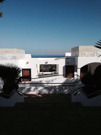 Sultan Gardens Resort: Una delle tante scalinate