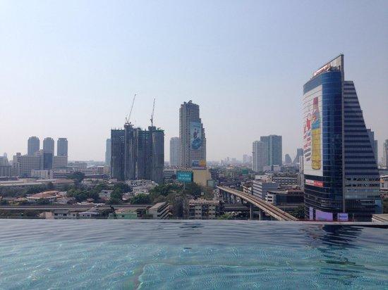Eastin Grand Hotel Sathorn: Great pool