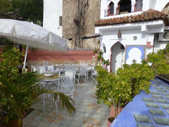 Dar Meziana Hotel: Rooftop terrace