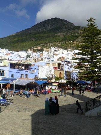 Dar Meziana: The square