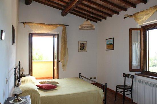 La Casa DI Gelsomino: Camera con terrazza in appartamento