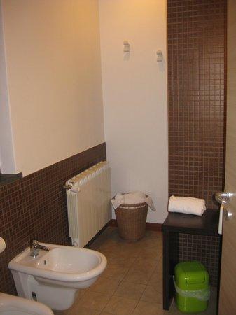 OttoMood B&B: lovely bathroom