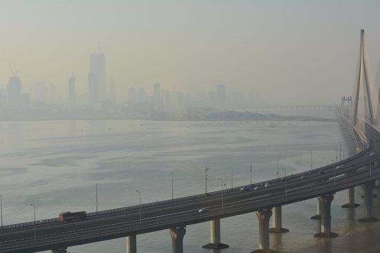 Taj Lands End Mumbai : city, sea, sea-link