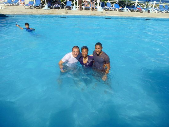 Sunscape Splash Montego Bay : Ally & Crew