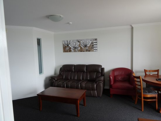 Burnett Riverside Motel: Lounge area