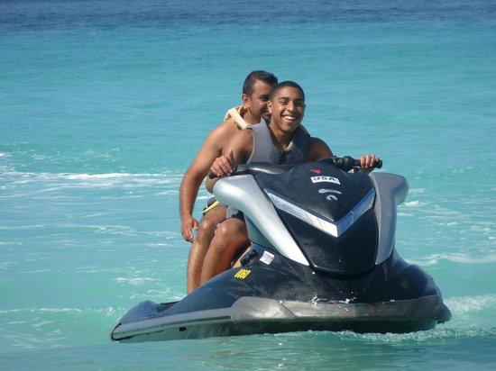 Sunscape Splash Montego Bay : Jet Ski Fun at Negril Beach