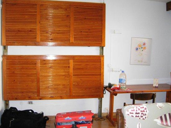 Apartamentos Albatros : bed bunks