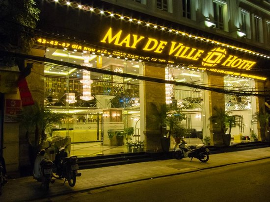 May de Ville Old Quarter Hotel : Easy to spot in the Old Quarter