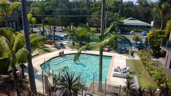 Terrigal Pacific Coastal Retreat: pool area