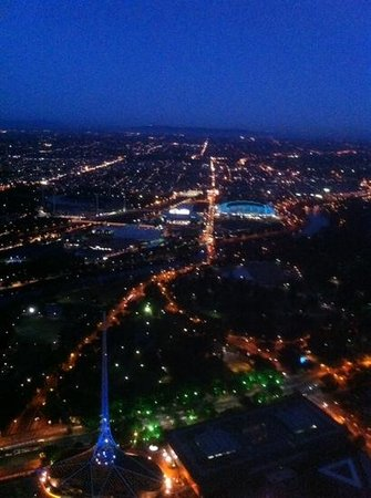 Observatoire de l'Eureka Tower : Night time view from the Skydeck.