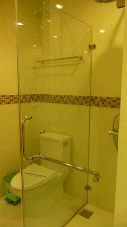 VaiA Boutique Hotel : Bathroom